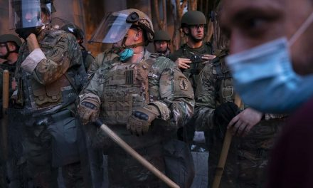 American soldiers have a moral obligation to disobey an unlawful order to occupy of America