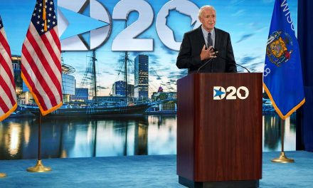 DNC 2024: Mayor Tom Barrett tells Democratic Convention planners that Milwaukee is ready to host