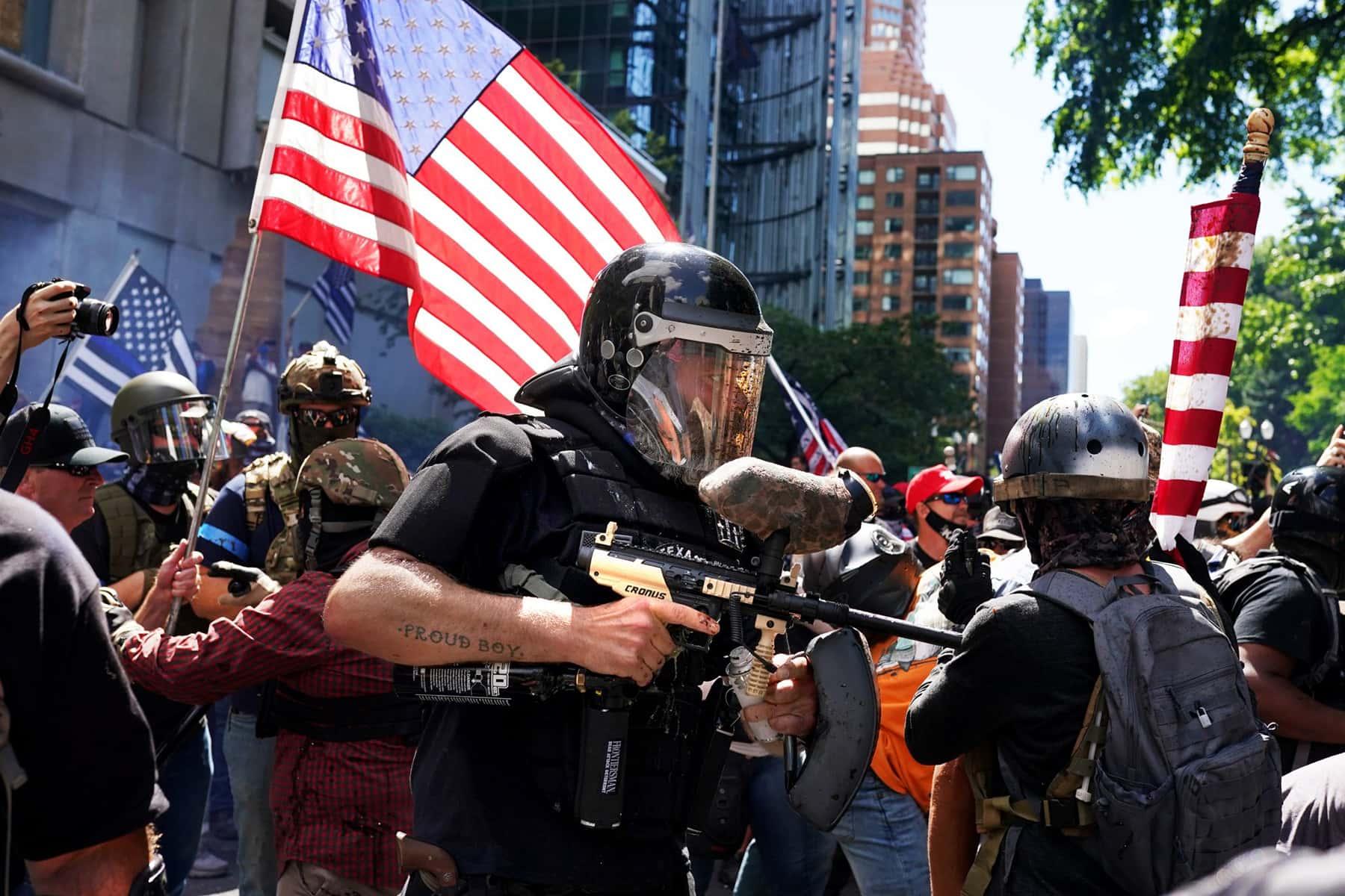 101520_whiteextremists_02