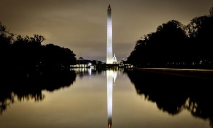 National memorial service planned for victims of the COVID-19 pandemic on eve of inauguration
