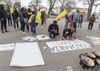 051121_ColombiaMarchSOS_011