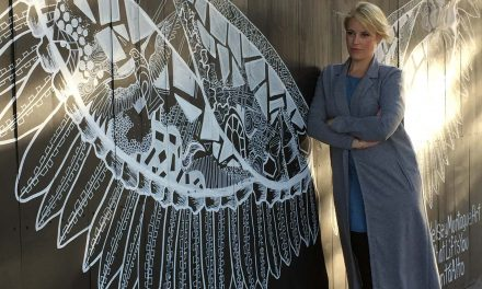Kelsey Montague to bring acclaimed #WhatLiftsYou interactive street art to Downtown Milwaukee