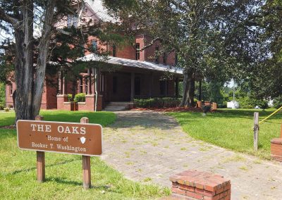 080421_Alabama_50_TuskegeeBookerTWashingtonHome