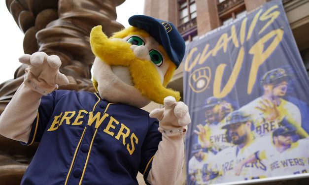 Claws Up Milwaukee: City leaders celebrate start of fourth consecutive postseason run for the Brewers